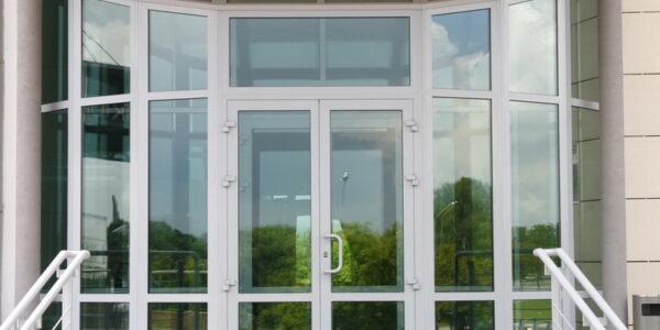 Входные окна и двери в Крыму